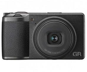 Aparat foto compact Ricoh GR III